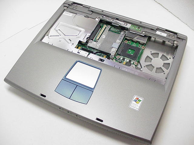 dell inspiron 5150 motherboard with casing w0938 rh parts people com Dell Inspiron 5150 Review Dell Inspiron 5150 Specs